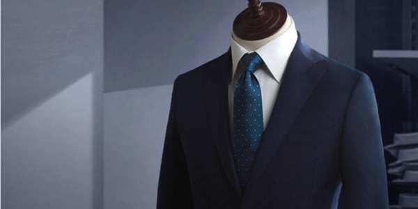 深蓝色西装氛围图