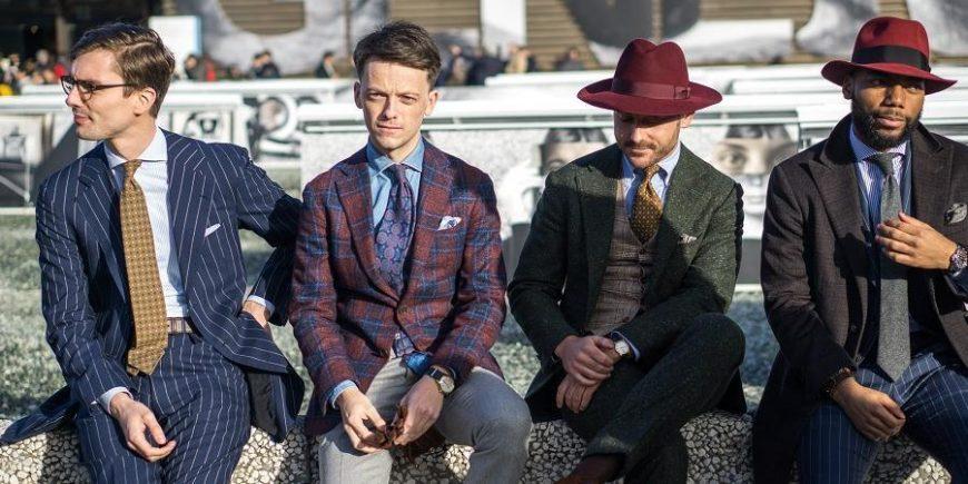 特色图像:外国时尚男士穿西装的街拍