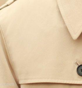 风衣的前肩胸覆片是做什么用的?